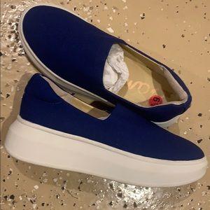 Sam Edelman Cobalt Blue Slip Ons-SZ7- NWOBox- 🎇💎